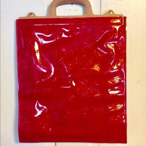 LOUIS VUITTON VERNIS RED TOTE